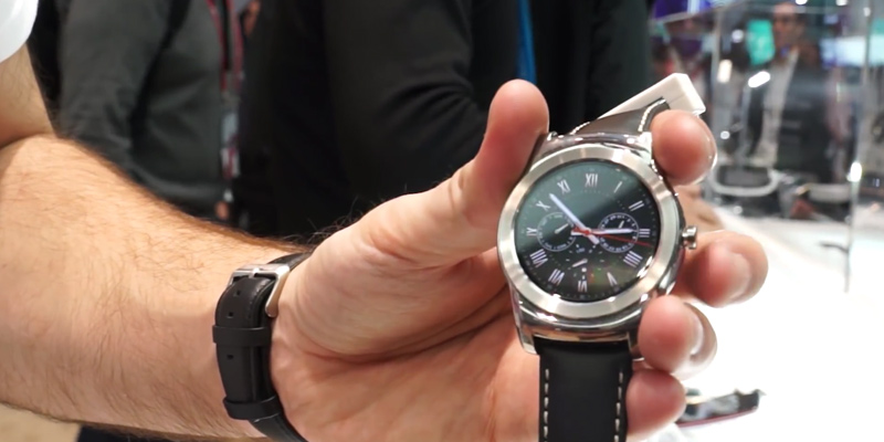 LG G Watch Urbane Montre Connectée Argent en usage